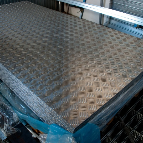 La aldeilla chapa damero la aldeilla - Plancha aluminio precio ...